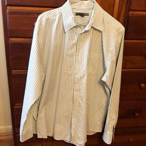 Old Navy button down shirt.    Size Large